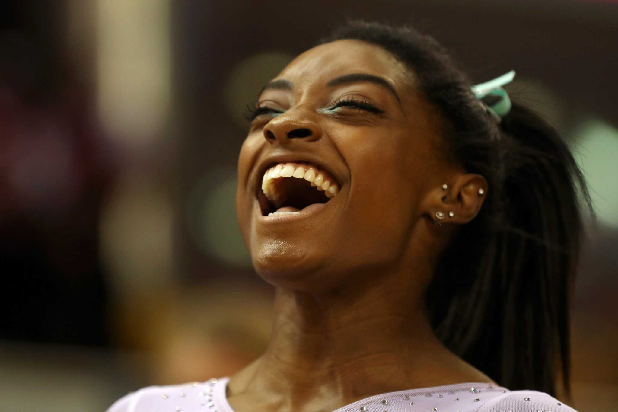 Simone Biles A Kidney Stone A Pair Of Miscues And A Fourth World