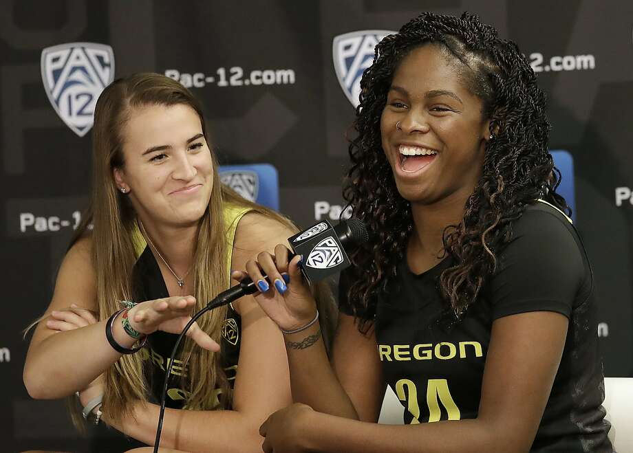 Bay Area native Sabrina Ionescu (left) has been named a preseason All-American by the Associated Press. She and Ruthy Hebard (right) are part of an Oregon team ranked No. 3. Photo: Jeff Chiu / Associated Press