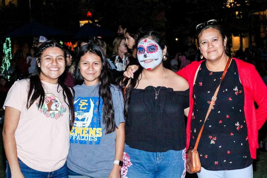 Photos S A Honors The Dead During Dia De Los Muertos At