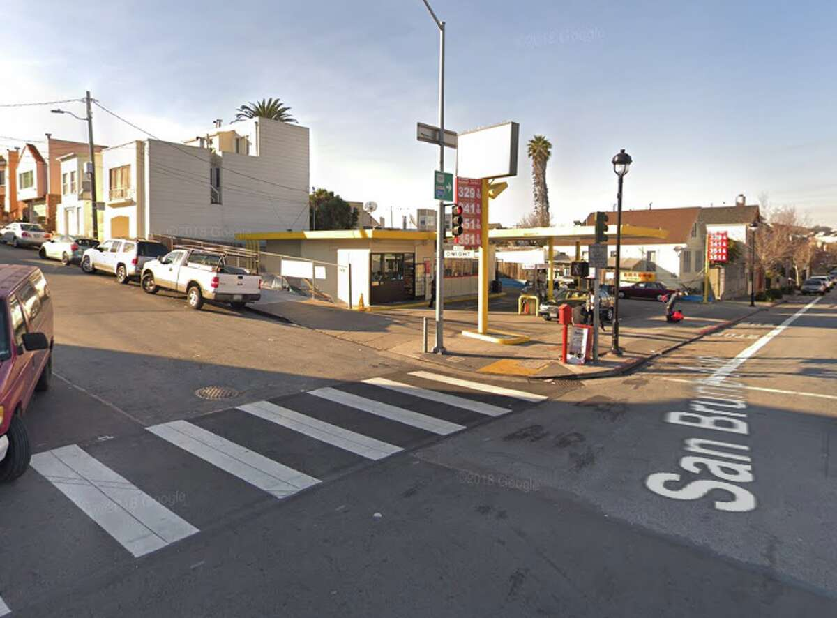 18. Dwight St. and San Bruno Ave. Number of 311 service orders to Recology: 84 District: 9