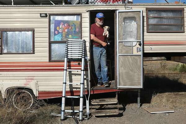 70 Year Old Vet Just Wants A Place To Park His Rv Home And
