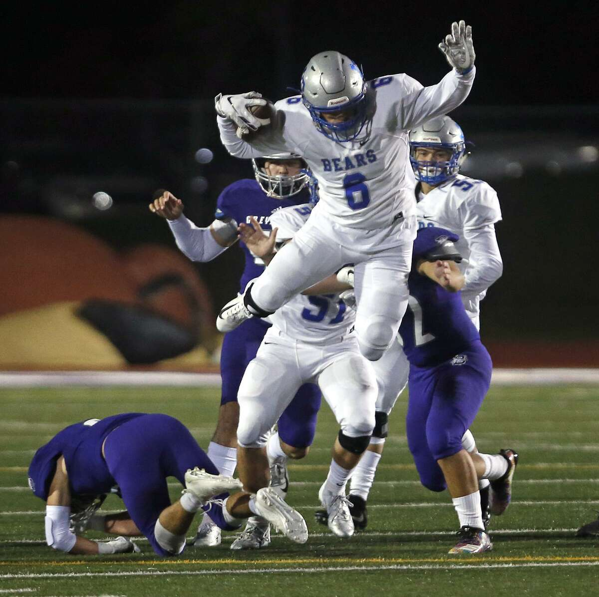 18. La Vernia Bears Record: 8-14A-1 Region IV District 15 Opponents with a winning record: 5Week 10 result: L - Lost to Boerne 46-45