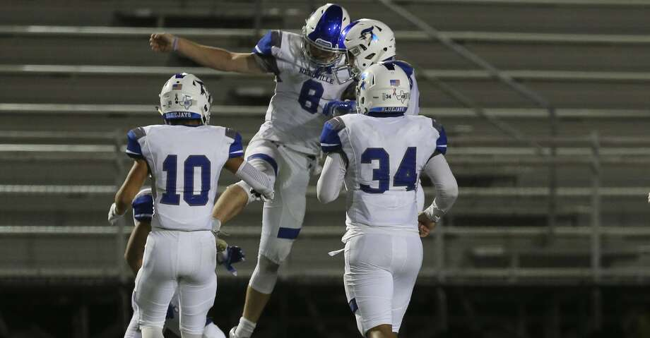 Needville 14, Brazosport 13 Needville Blue Jays' quarterback Kenny Hrncir (8) and teammates celebrate during the second half of the game against Brazosport Exporters at Hopper Field on Friday, Nov. 2, 2018, in Freeport. The Needville Blue Jays defeated the Brazosport Exporters 14-13. Photo: Yi-Chin Lee/Staff Photographer