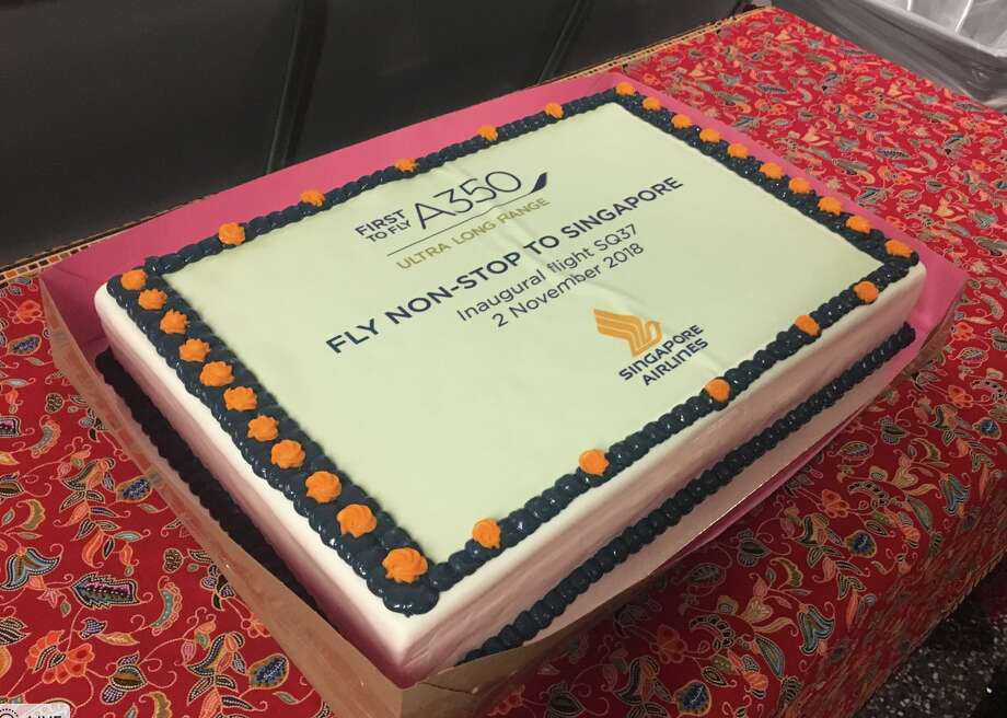 "To celebrate LAX-Singapore nonstops, Singapore Air offered this lovely ""gate cake"" to all passengers before take off. Photo: Tim Jue"