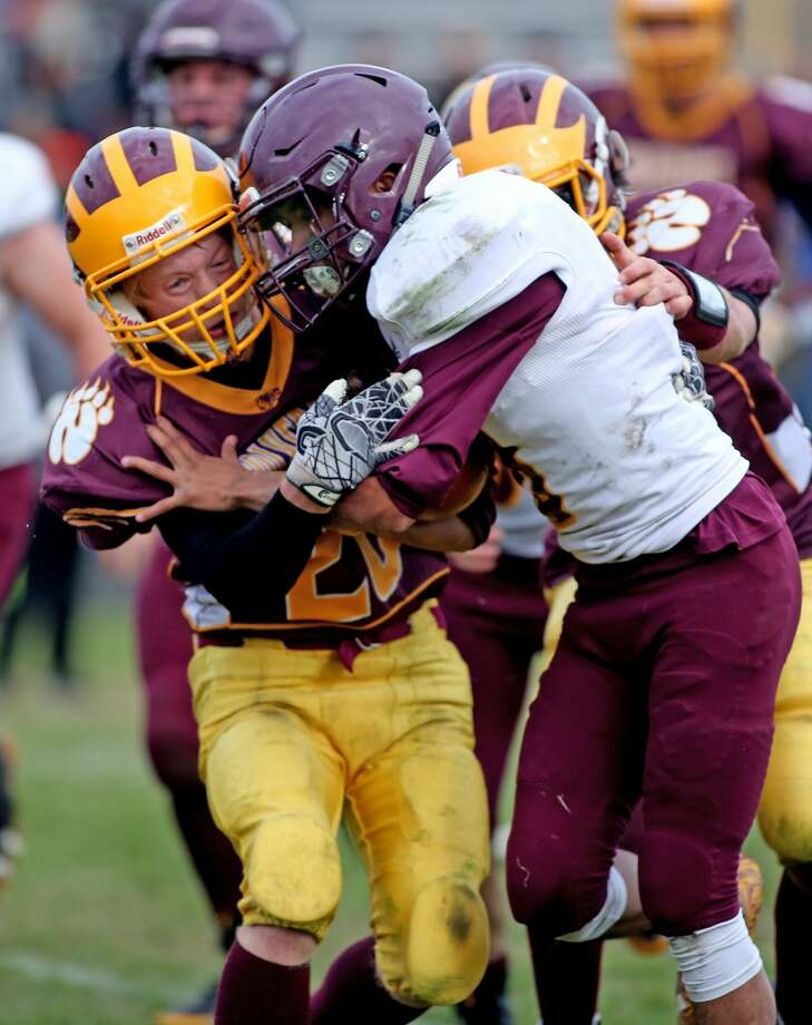 Au Gres-Sims 72, Deckerville 28 Photo: Paul P. Adams/Huron Daily Tribune