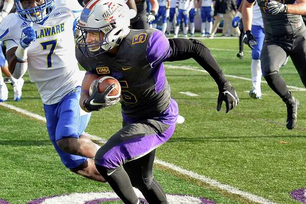 UAlbany's #5 Dev Holmes out runs Delaware's defense during Saturday's Colonial Athletic Association game Nov. 3, 2018 in Albany, NY. (John Carl D'Annibale/Times Union)