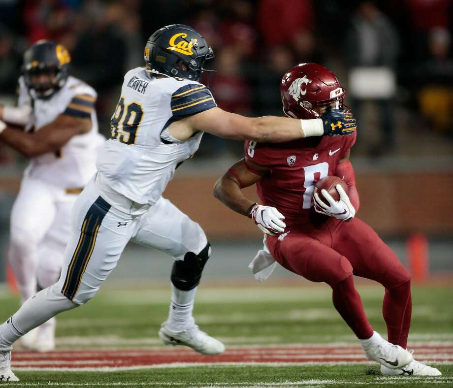 PULLMAN, WA - NOVEMBER 03: Easop Winston Jr. #8 of the Washington State Cougars carries the ball against Evan Weaver #89 of the California Golden Bears in the first half at Martin Stadium on November 3, 2018 in Pullman, Washington. (Photo by William Mancebo/Getty Images) Photo: William Mancebo / Getty Images