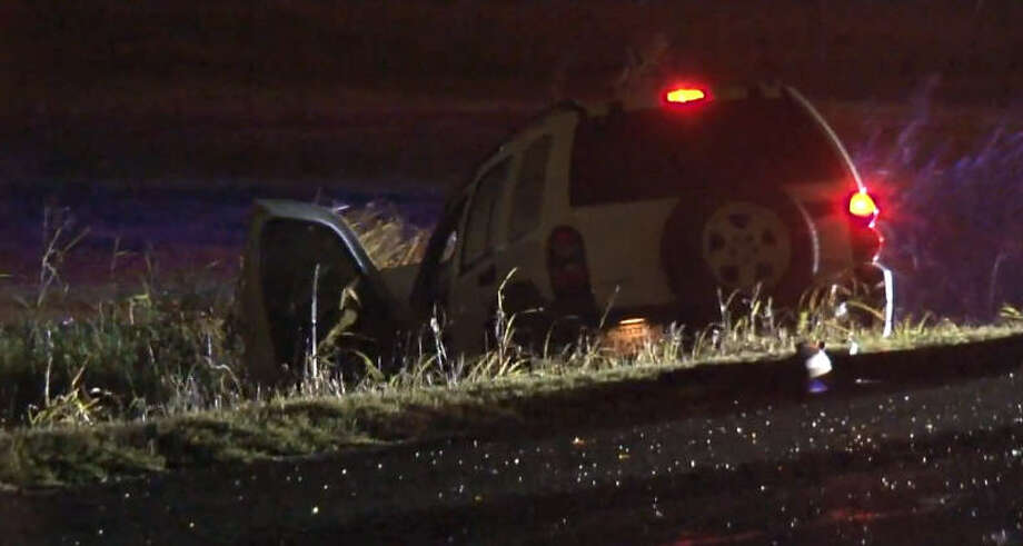 2 injured in T-bone wreck in Baytown area - Houston Chronicle
