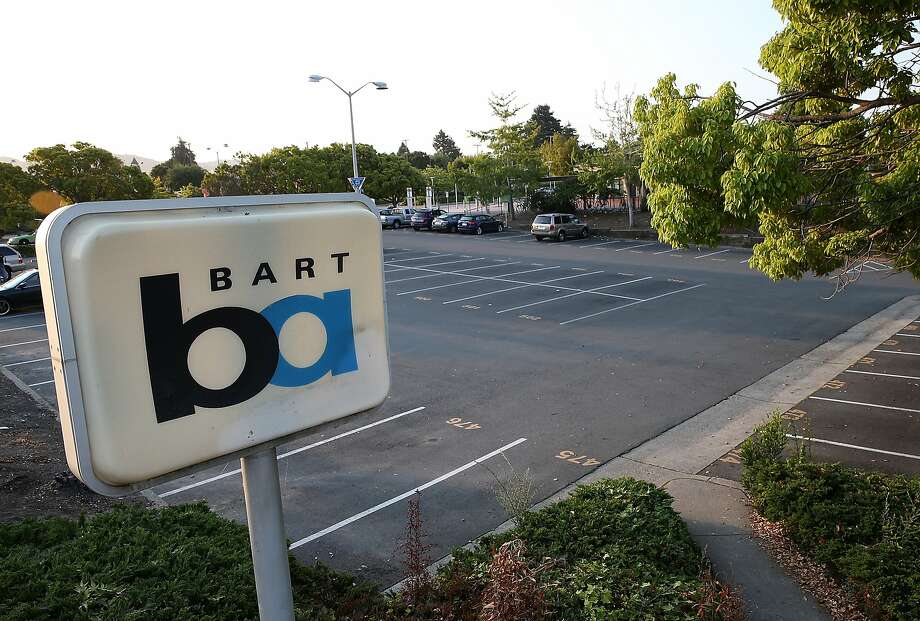 BART is considering raising prices at its stations' highly in-demand parking lots. Photo: Justin Sullivan / Getty Images
