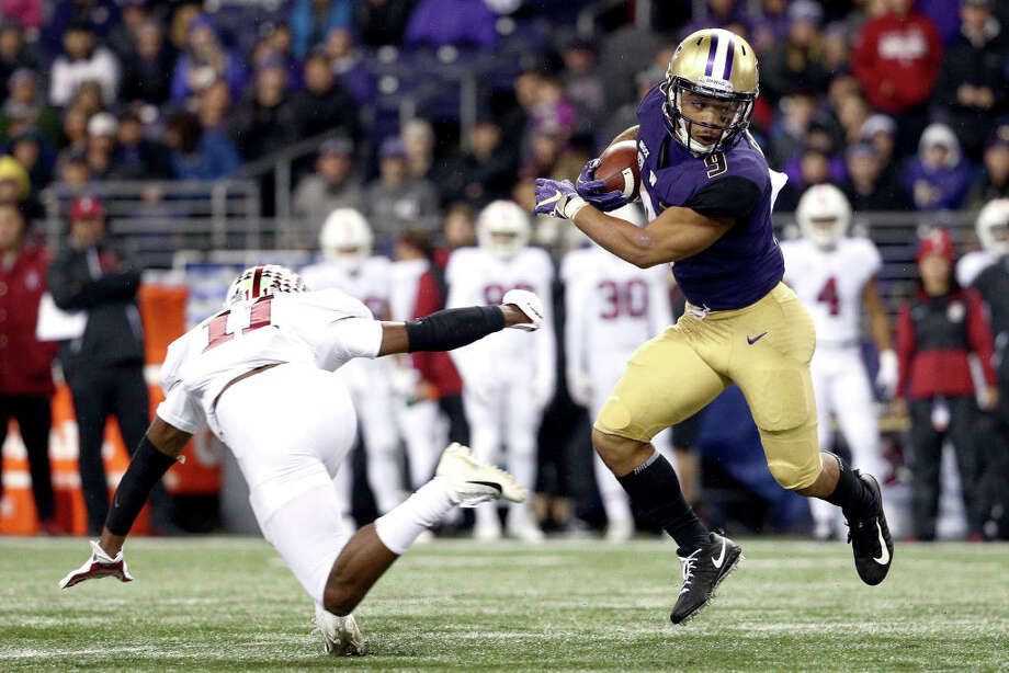 1. Myles Gaskin's back, and looked like he never leftSince Gaskin went down before the second half of Washington's heartbreaker against Oregon back in week seven, the Husky offense just wasn't the same. If there was any rust accumulated from his 2.5 missed games, Gaskin didn't show it on Saturday night: the senior took it to Stanford on the ground, racking up 148 yards and one score on 28 carries. With Jake Browning looking lost the last couple of weeks, the Dawgs needed their star running back to step up – and he answered the call. With Gaskin on the field, Washington is a significantly more dangerous team going down the stretch. Photo: Abbie Parr/Getty Images / 2018 Getty Images