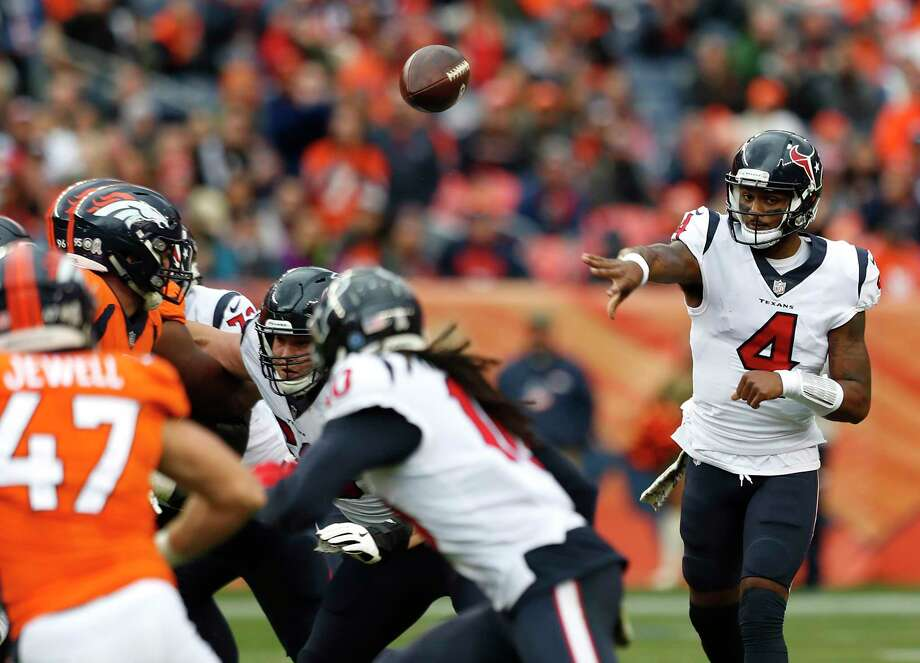 Houston Texans quarterback Deshaun Watson (4) throws a pass against the Denver Broncos during the second quarter of an NFL football game at Broncos Stadium at Mile High on Sunday, Nov. 4, 2018, in Denver. Photo: Brett Coomer, Staff Photographer / © 2018 Houston Chronicle