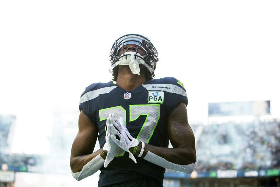 Seahawks cornerback Tre Flowers prays before the Seahawks game against the LA Chargers, Sunday, Nov. 4, 2018 at CenturyLink Field. Photo: GENNA MARTIN, SEATTLEPI.COM / SEATTLEPI.COM