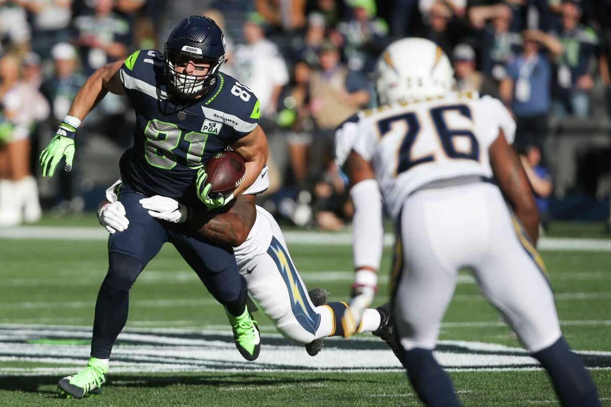 Seahawks tight end Nick Vannett runs the ball in the first half of the Seahawks game against the LA Chargers, Sunday, Nov. 4, 2018 at CenturyLink Field.