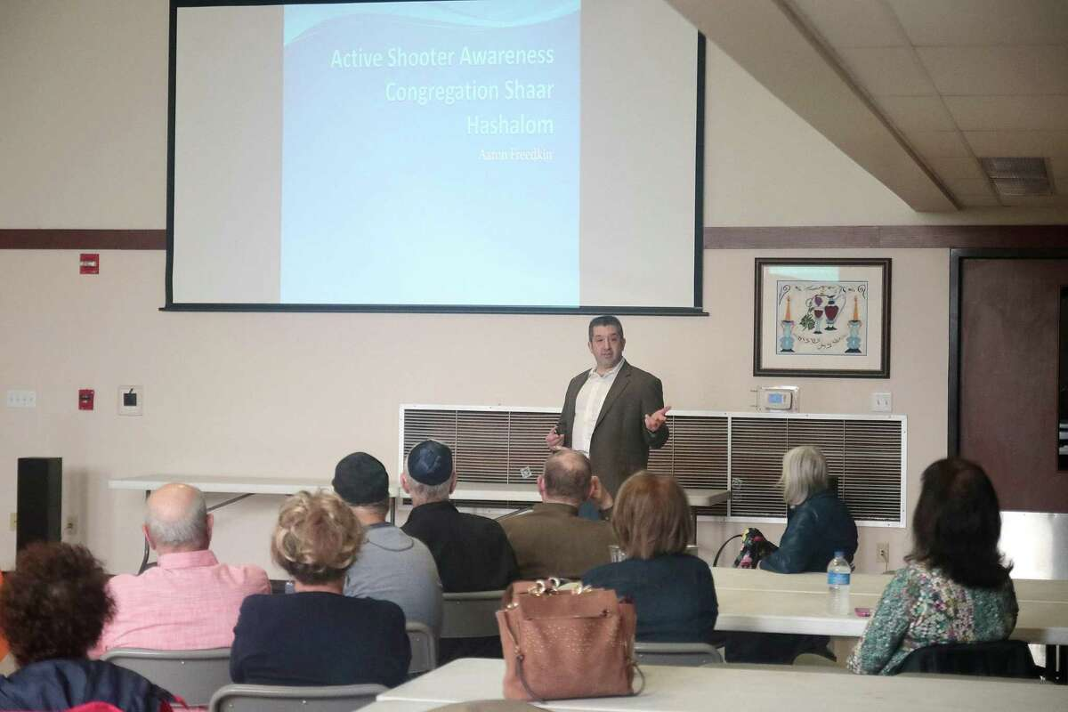 Aaron Freedkin conducts an active-shooter training for members Congregation Shaar Hashalom in Clear Lake on Oct. 4 in the aftermath of the mass shooting at a Pittsburgh synagogue.