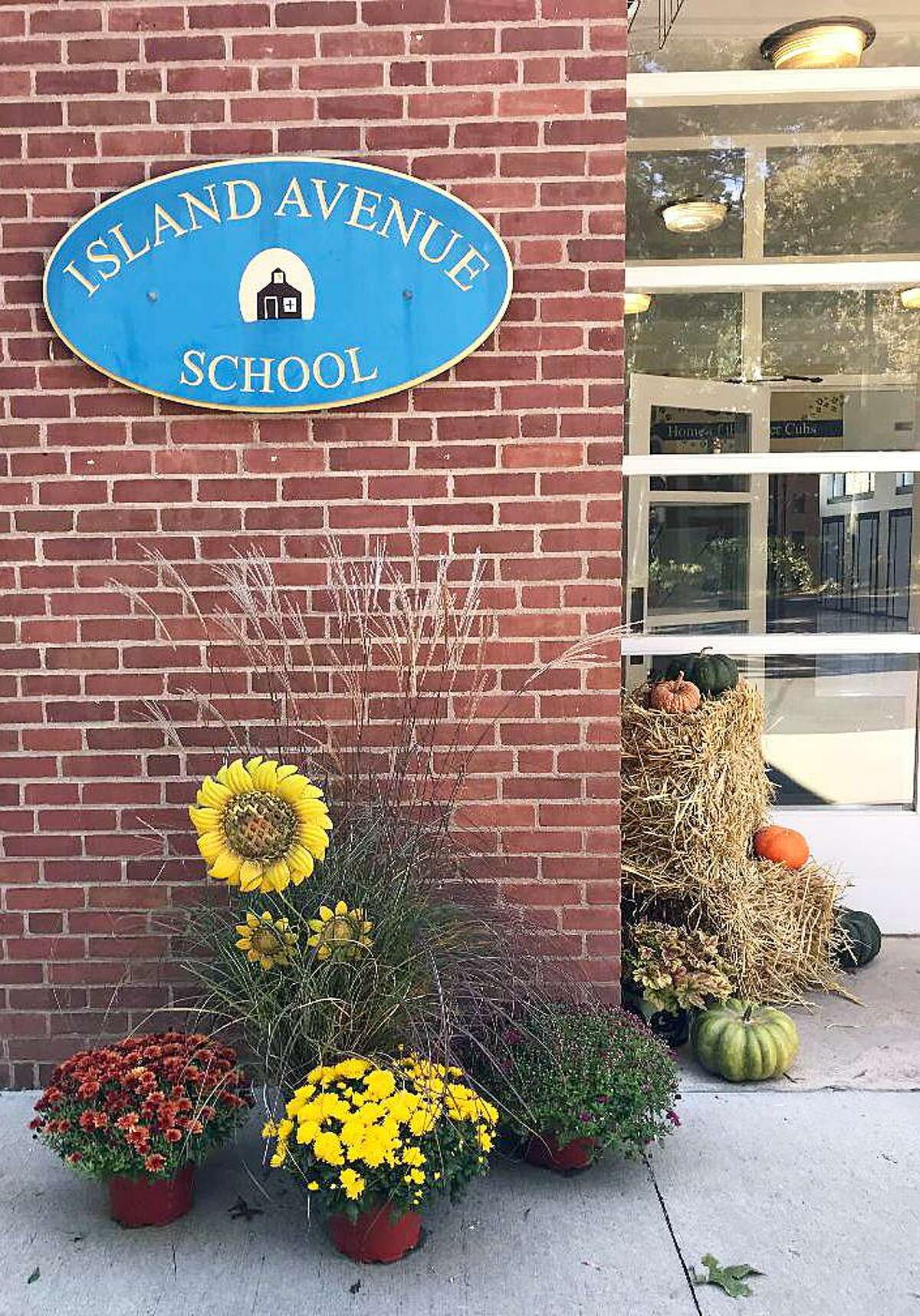 Our Lady of Mercy Prep got approval from the town of Madison to lease Island Avenue for one year starting in the 2019-20 academic year.