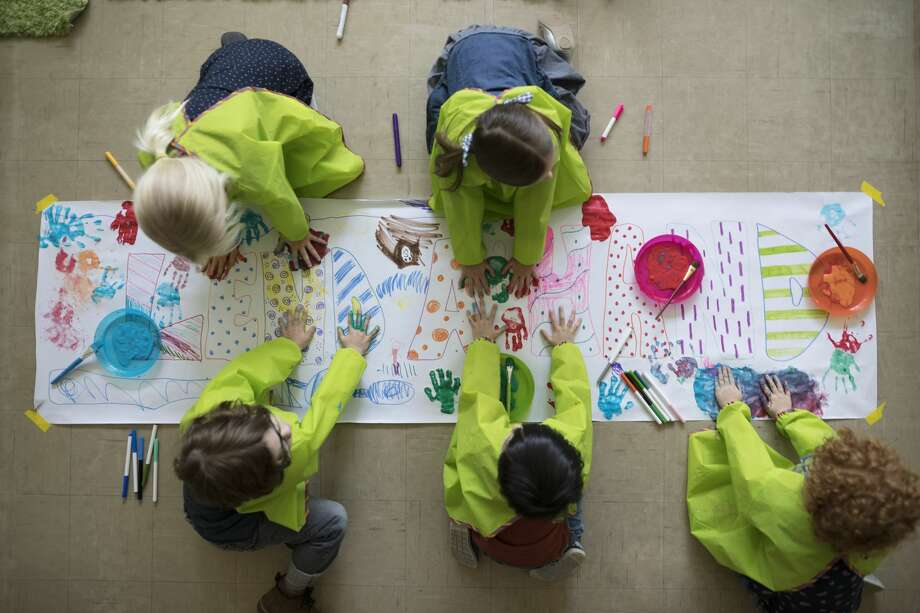 Kid's painting projects Sometimes kids just need something to paint and these sturdy signs can do the trick. Photo: Hero Images/Getty Images/Hero Images