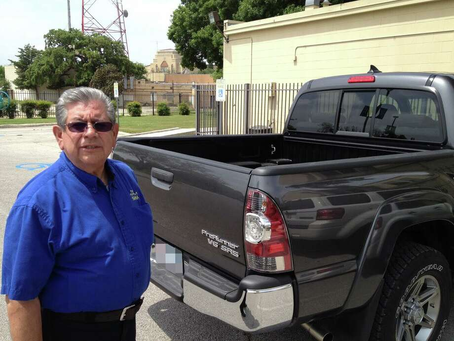 Robert Esparza, 68, was killed on Oct. 15 in his home during an apparent robbery. Photo: Contributed Photo