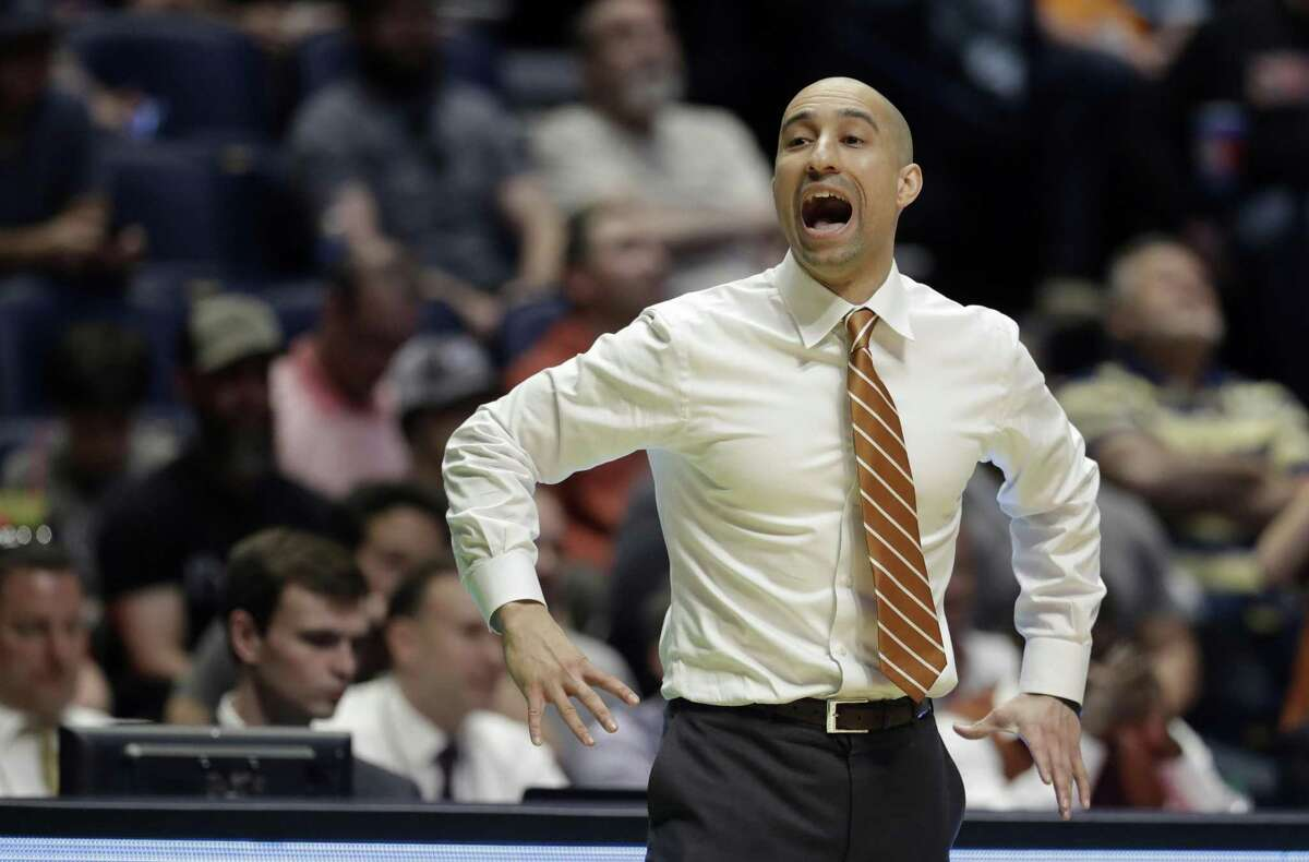Shaka Smart enters his fourth season at Texas with a team that may fit his style better.