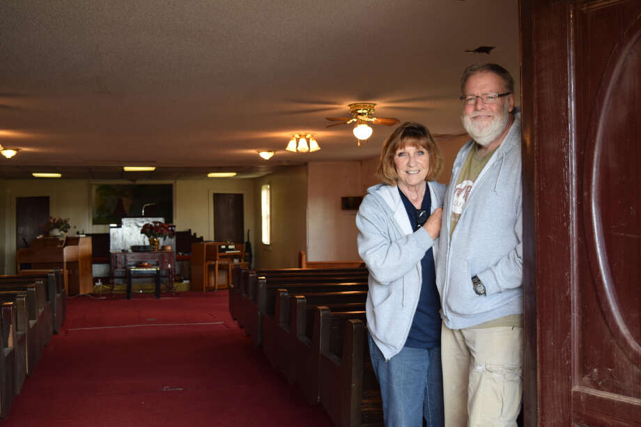 Terry and Sally Wright have started a Jerusalem Community Baptist Church at the corner of E. Sixth St. and Ave. A in Hale Center. Photo: Ellysa Harris/Plainview Herald