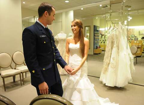 d6307f032159 David's Bridal to file for Ch. 11 bankruptcy 'in the near future ...