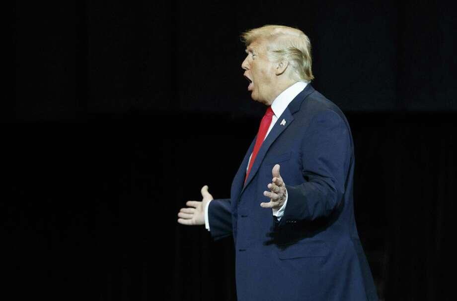 El presidente Donald Trump durante un evento de campaña en el IX Center de Cleveland, el lunes 5 de noviembre de 2018. Photo: Carolyn Kaster /Associated Press / Copyright 2018 The Associated Press. All rights reserved