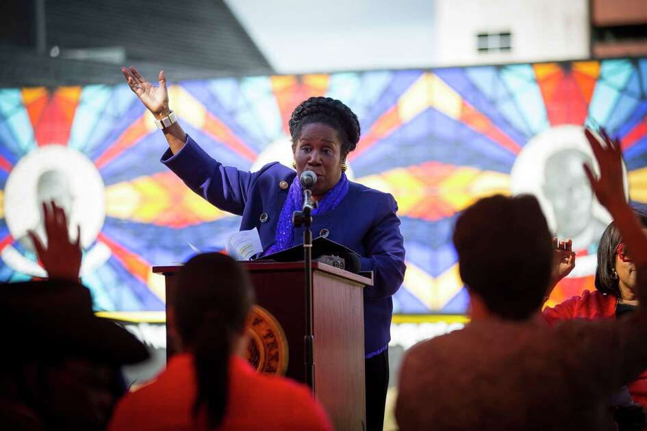 Congresswoman Sheila Jackson Lee speaks during the dedication of The Sacred Struggles / Vibrant Justice Mural along the Columbia Tap trail behind the Pilgrim Congregational United Church of Christ, Monday, Nov. 5, 2018 in Houston. The mural pays tribute to eight of Houston's African American civil rights leaders.