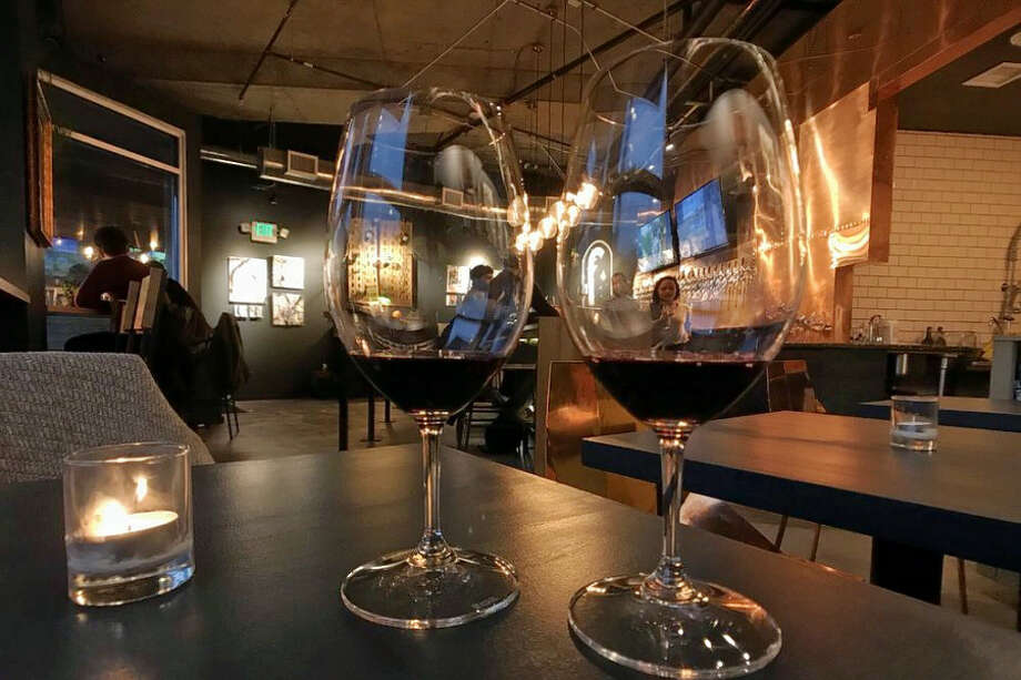 Footprint Wine Tap. | Photo: Erin L./Yelp