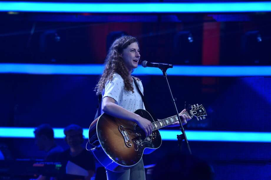 Lia Joham performs at the blind auditions for The Voice of Germany 2018. Photo: Copyright: ProSieben/Andre Kowalski