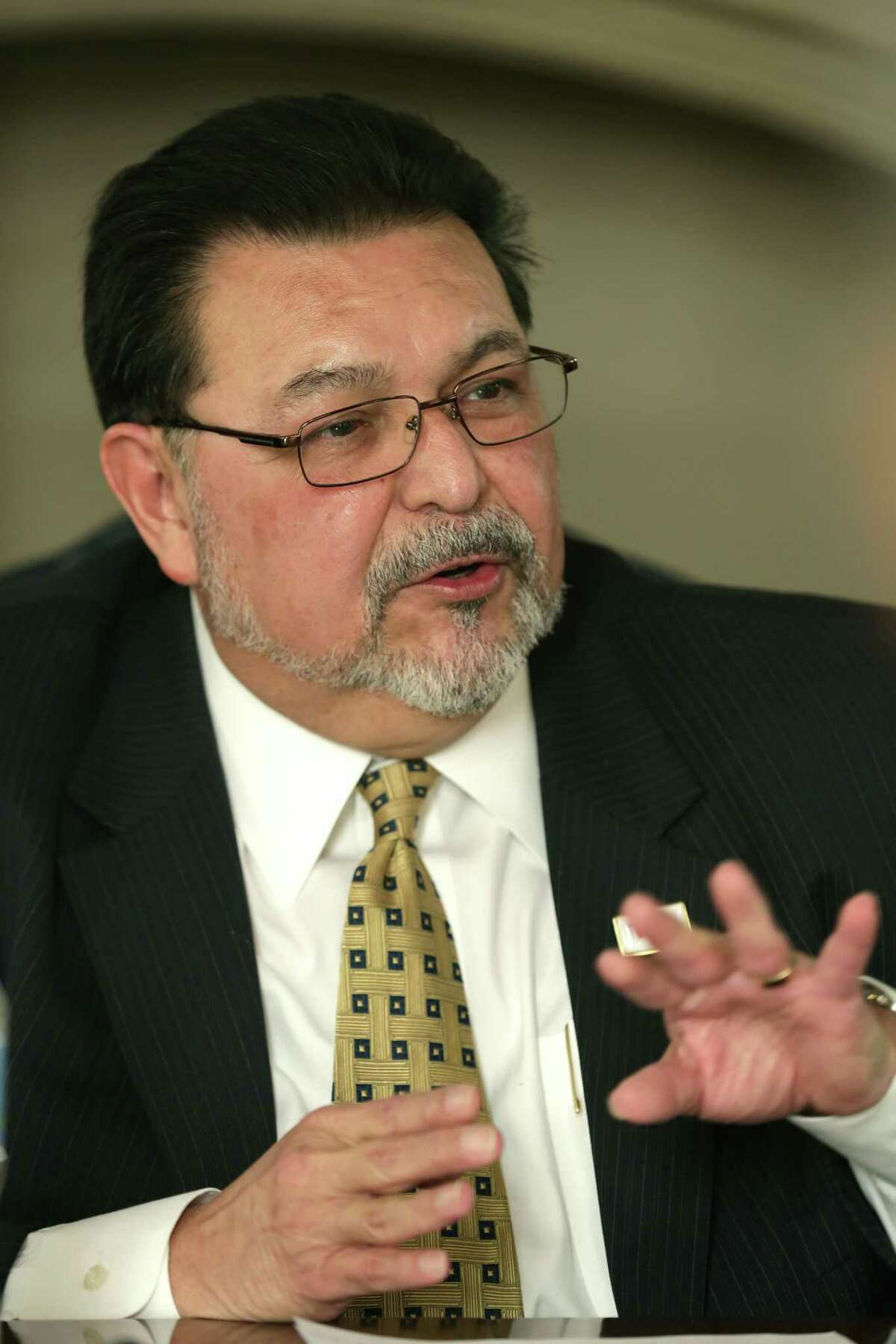 Alex Briseno, former city manager and outgoing VIA board Chairman, speaks to the San Antonio Express-News Editorial Board. Thursday, Jan. 8, 2015.