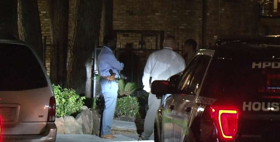 A man was stabbed with a machete on West 34th and Mangum on Thursday, Nov. 8, 2018. Photo: Metro Video