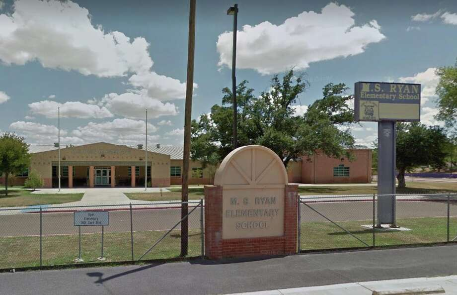 Laredo ISD elementary schools will release students at 12 p.m. on Thursday, the district said. Photo: Google Maps