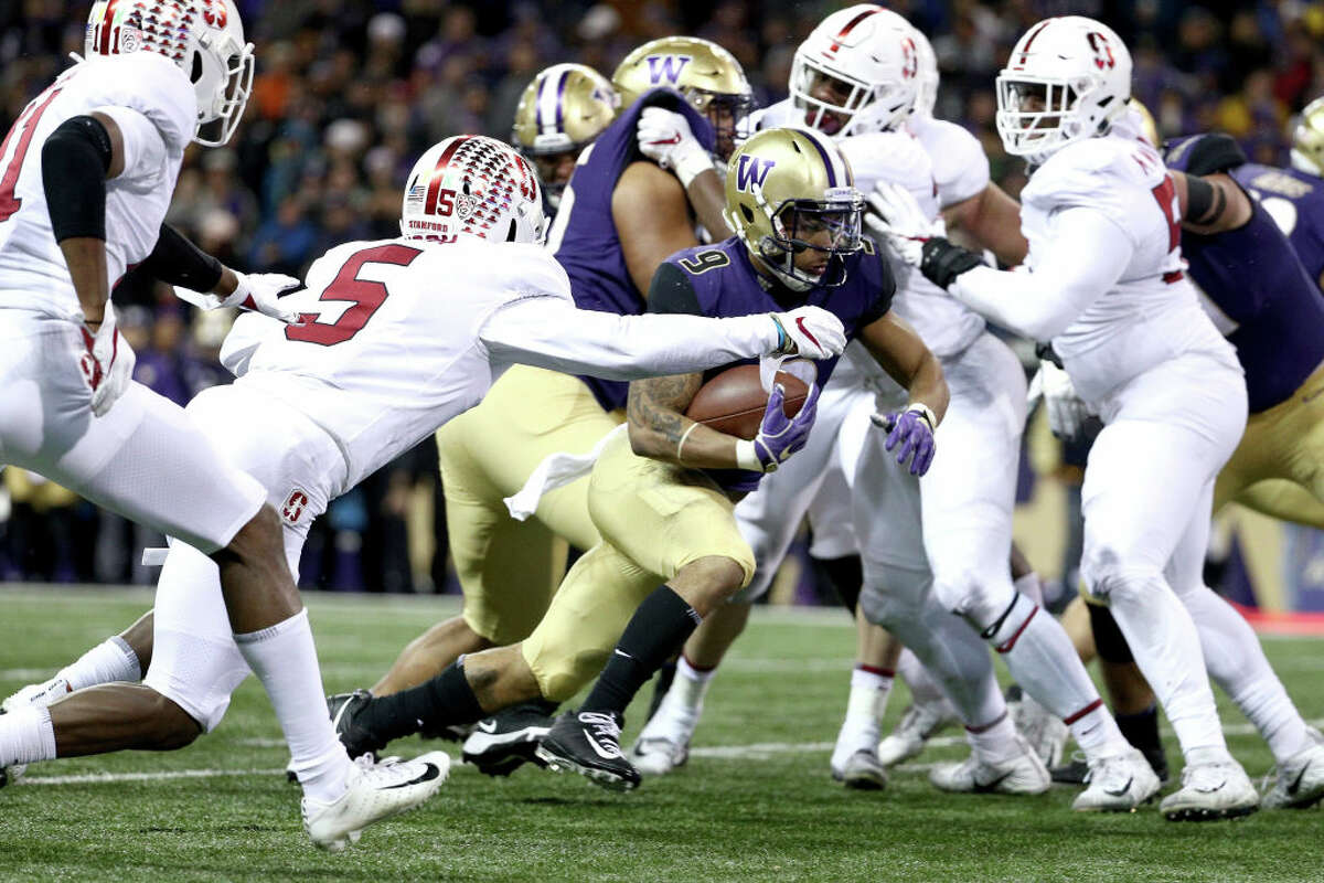 3. Will Myles Gaskin carry the offense again? After missing the past two contests with an injured shoulder, Gaskin exploded back onto the field last weekend for 148 yards. On a night where quarterback Jake Browning threw for under 200 yards for the third consecutive night, he was the spark the offense needed. Can he do it again this weekend? Signs point to the answer being yes. The Beavers are allowing an abysmal 274.6 yards on the ground per game. Assuming he's able to stay on the field, the stud senior should have little trouble carving up the field at Husky Stadium.