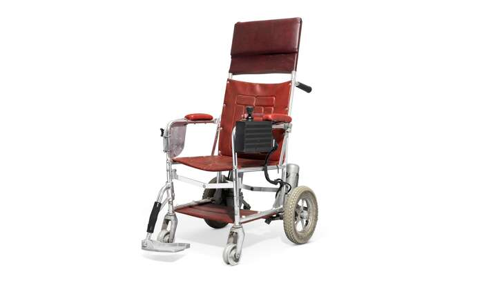 A wheelchair used by physicist Stephen Hawking has sold at auction for almost $393,000, auctioneer Christie's said Thursday.