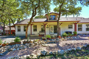 Sponsored by Amy Boehm of Keller Williams San Antonio VIEW DETAILS for 102 River View Boerne,TX 78006 MLS: 1347810