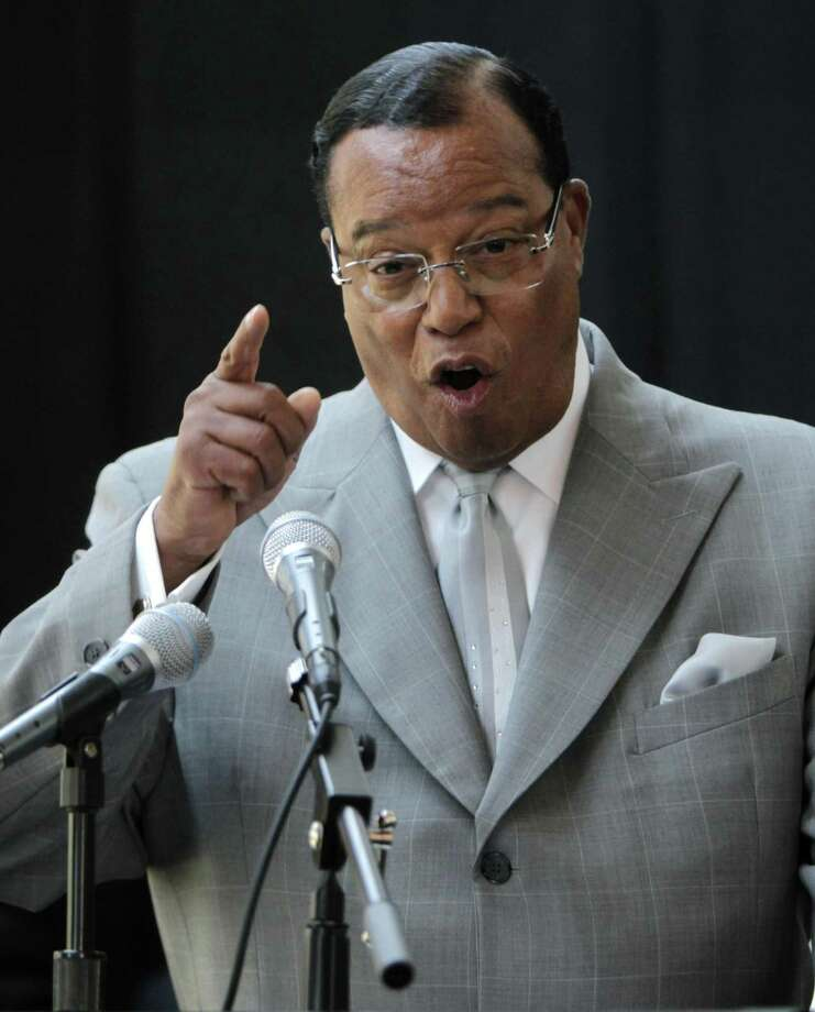 "President Trump is anti-Semitic for his ""globalist"" criticism of George Soros? How about Bill Clinton recently sharing a stage with Nation of Islam leader Louis Farrakhan, who openly spews anti-Jewish rhetoric. Photo: Seth Wenig /AP / AP"