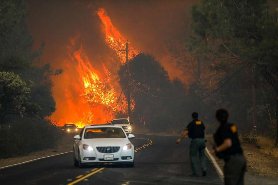 Winds whip deadly Camp Fire in Butte County to 100,000 acres