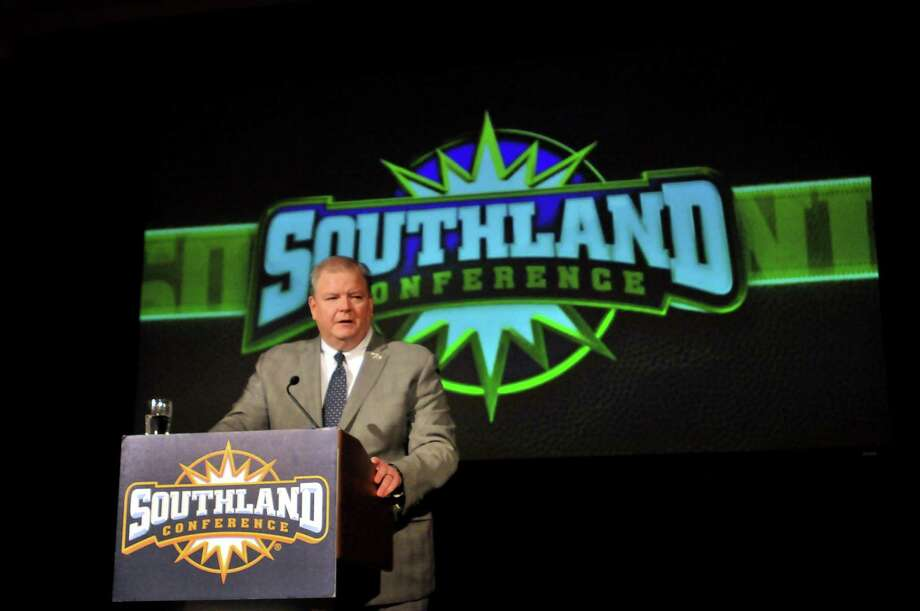 Southland Conference commissioner Tom Burnett speaks as the SLC football media day gets underway at the Hilton Houston Post Oak in Houston. Photo: Mike Tobias/The Enterprise / Enterprise File Photo