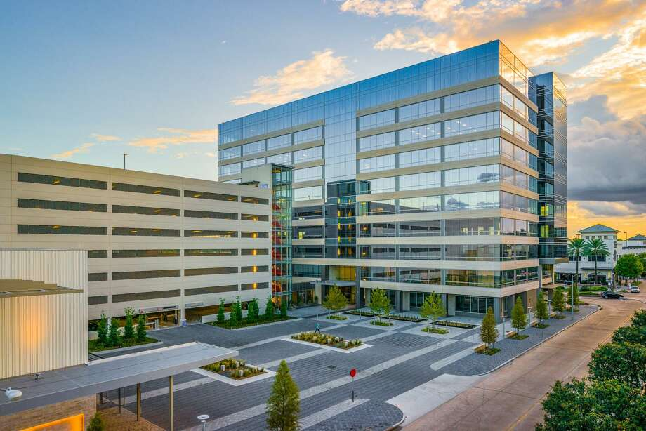 Town Centre I, a 250,000-square-foot building at 750 Town & Country Blvd., is almost 90 percent leased. UBS Wealth Management USA Houston plans to relocate its office at 5065 Westheimer in the Galleria Financial Center to 19,000 square feet on the 4th floor of Town Centre I on March 1. Photo: Iraj Ghavidel Photography / Moody Rambin / © Iraj Ghavidel