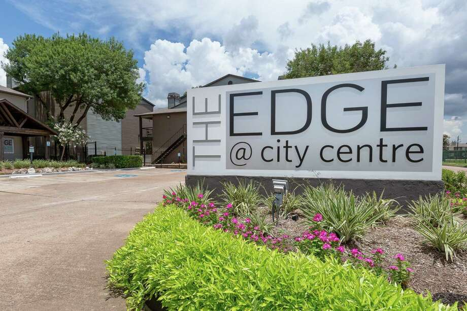 ClearWorth Capital has acquired the Edge at City Centre Apartments,a 284-unit complex inside inside Loop 610 near NRG Stadium. The company'sNOI Property Management affiliate will manage the property, which was built in 1983. NOIPM will implement arenovation of the interior and exterior features of the property, including improvements to existing social areas and creating new amenities. Photo: NOI Property Management / NOIPM / CNW