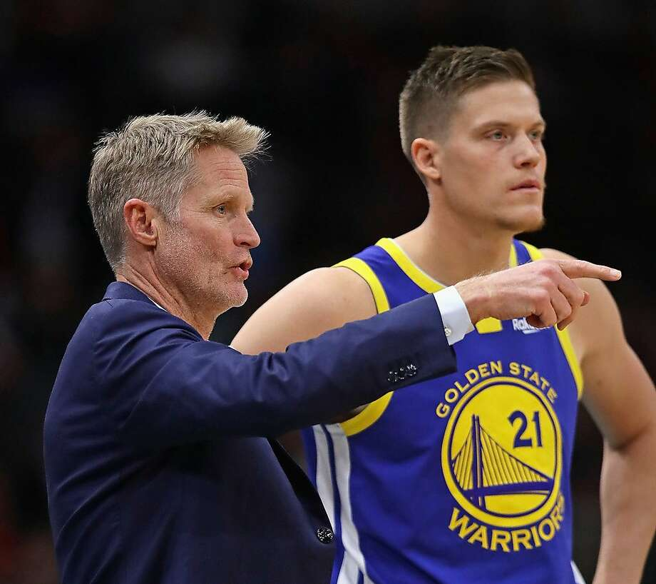 Golden State Warriors Coach: Jonas Jerebko Comes Up Big As Warriors Beat Mavericks