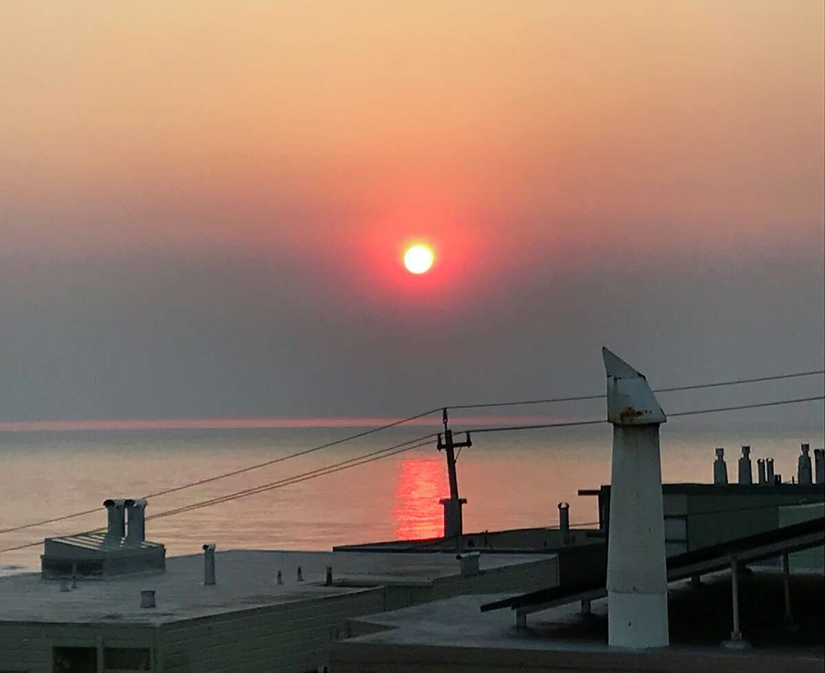 Photo of smoke from the Camp Fire in San Francisco on Thursday, Nov. 8, 2018.