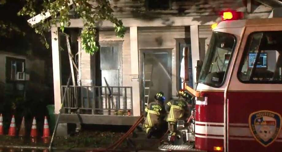 Houston firefighters extinguished a blaze at Terry and Bunton on Friday, Nov. 9, 2018. Photo: Metro Video