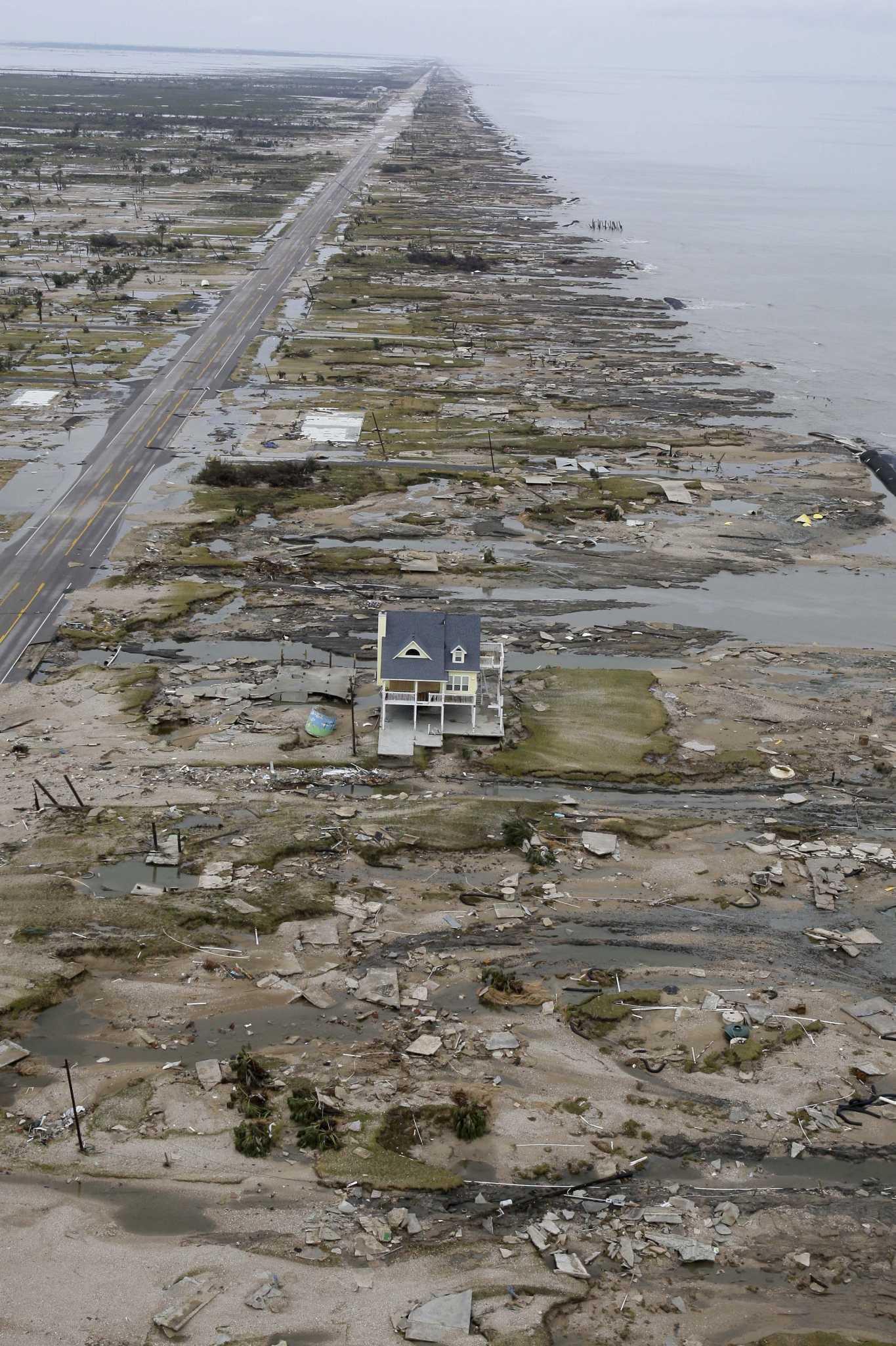 Study: Texas coastal barrier would prevent major economic losses
