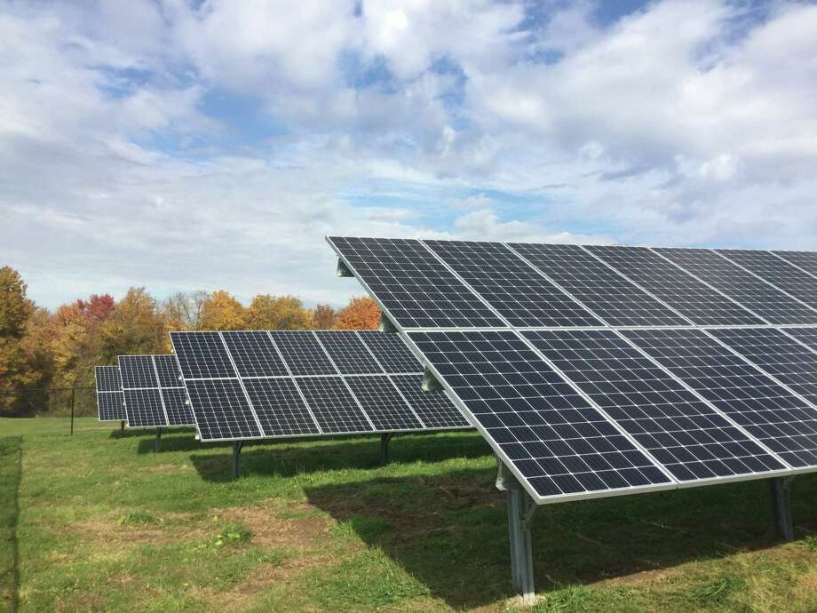 Middlesex Community College unveiled a solar energy system during a ribbon-cutting in Middletown Thursday. Photo: Contributed Photo