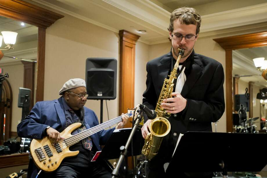A jazz band plays during Jambalaya and Jazz, a fundraising event for Adoption Option, on Thursday, Nov. 8, 2018 at the Great Hall Banquet & Convention Center in Midland. (Katy Kildee/kkildee@mdn.net) Photo: (Katy Kildee/kkildee@mdn.net)