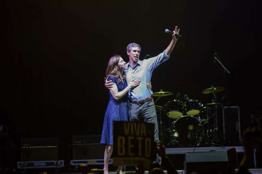 Beto O'Rourke and his wife Amy Sanders O'Rourke hug and wave goodbye to his supporters in El Paso after losing to Ted Cruz in the 2018 midterm elections. Readers discuss the election results. Photo: Ivan Pierre Aguirre /Ivan Pierre Aguirre / Ivan Pierre Aguirre ivan.pierre.aguirre@gmail.com 915.256.2066 EDITORIAL USE ONLY