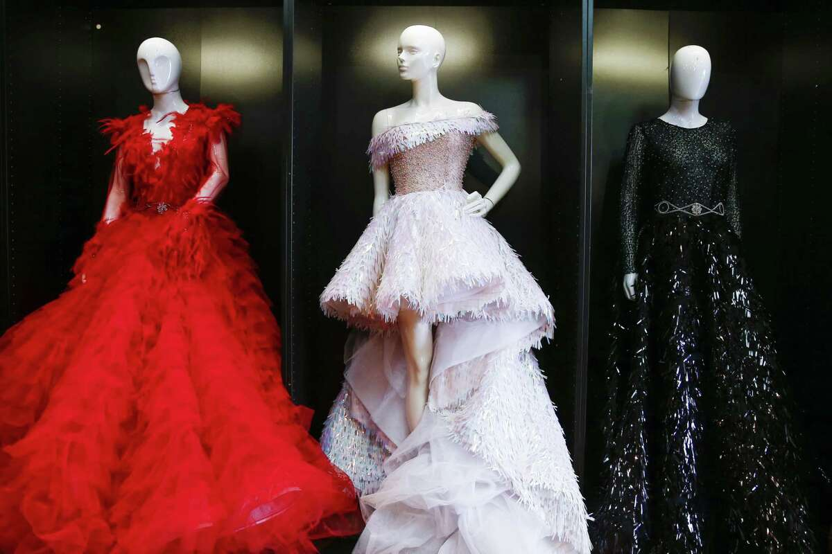 Fashion Designer Job satisfaction: 28 percent Early pay: $43,800