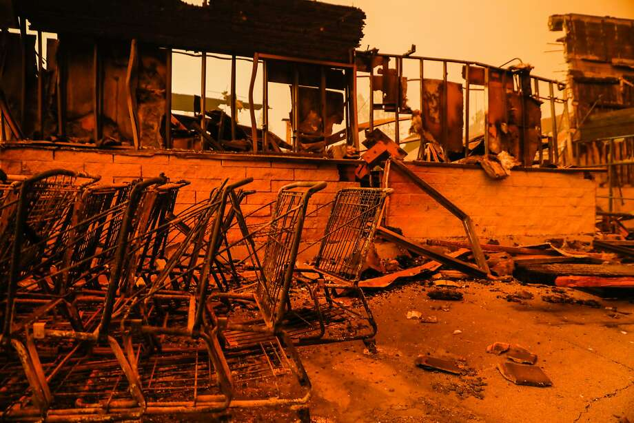 Safeway shopping carts are seen destroyed off of Clark Road after the Camp Fire tore through the town of Paradise, California, on Friday, Nov. 9, 2018. Photo: Gabrielle Lurie / The Chronicle