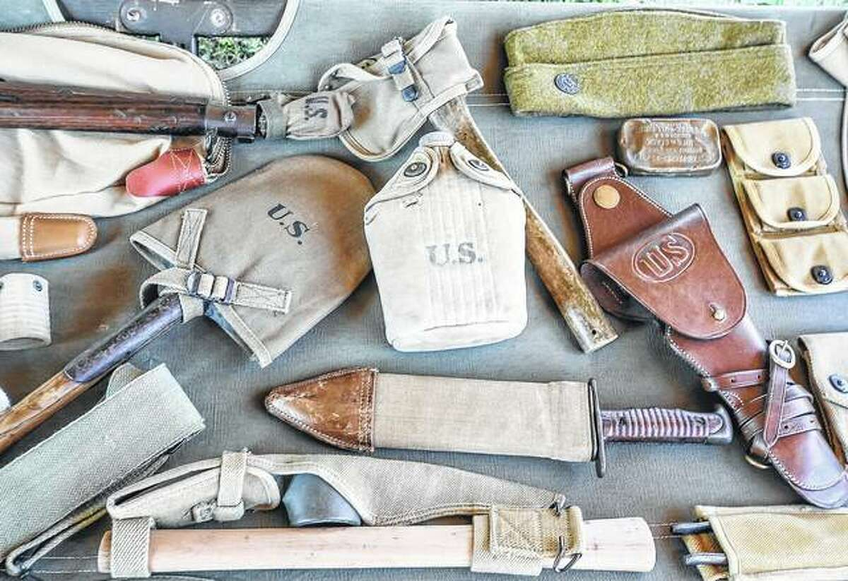 Several items from a private World War I collection.