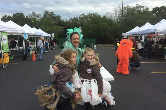 The annual 3R Bazaar, hosted by The Woodlands Township Environmental Services Department, drew hundreds of people on a chilly Saturday morning, Nov. 10. The event allows locals to bring items for recycling that cannot be put into curbside bins, including batteries, oral care products and other items. There are also educational booths, vendors and of course, the Village Challenge where the nine village associations vie for scholarship funds.